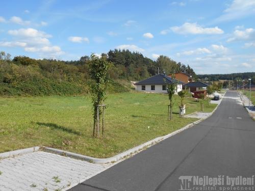 Pozemky na prodej: SP Třemošná  860 m2, 3 km od Plzně