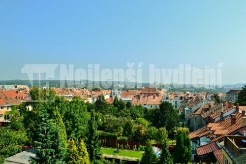 Prodej zařízeného bytu 2+1 s terasou, Brno-Kr. Pole REZERVOVÁNO