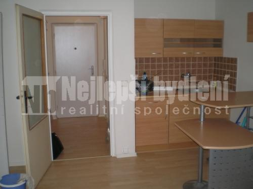 Pronájem bytu 1+kk, Brno-Lesná