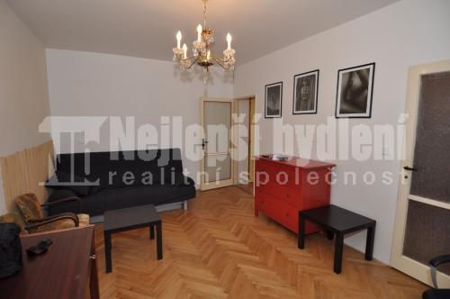 Bez realitky: Pronájem zařízeného bytu s balkónem 1+1, Brno-Židenice