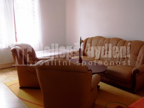 Bez realitky: Pronájem zařízeného bytu 2+1, Brno-Černovice