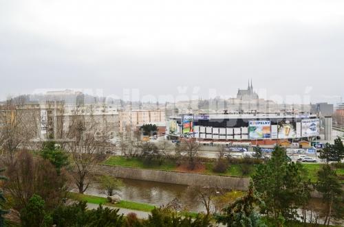 Bez realitky: Pronájem bytu 3+1 s balkónem, Brno-Štýřice