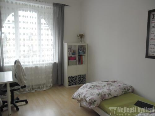 Bez realitky: Pronájem bytu 4+kk po rekonstrukci, Brno-Husovice