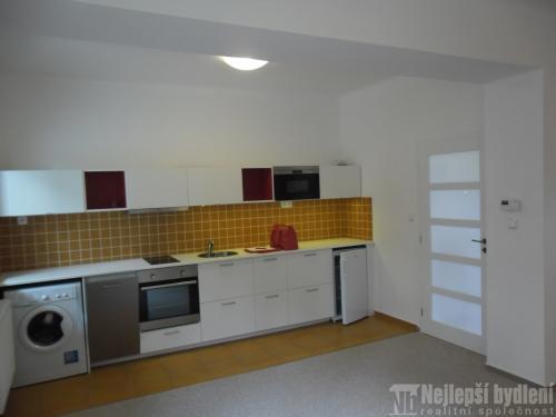 Bez realitky: Pronájem zrekonstruovaného bytu 1+kk, Brno-Štýřice