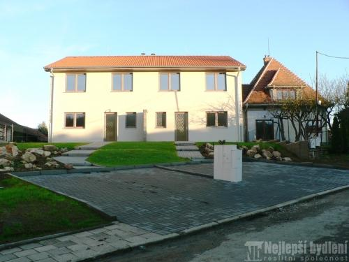 Domy na prodej: Novostavba RD 5+kk se zahradou, Moravské Knínice