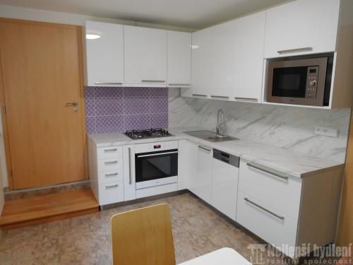 Prodej pronájem bytu: Pronájem 2+1, Preslova, Brno-Stránice