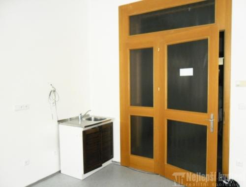 Pronájem kanceláře 54 m2, Brno