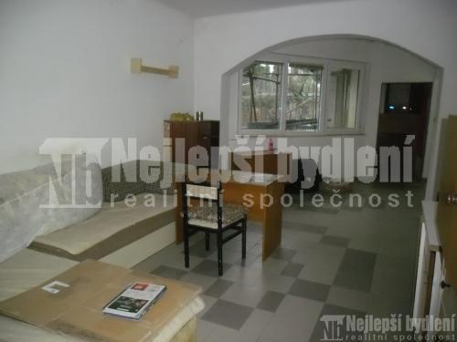 Bez realitky: Pronájem bytu 4+kk s terasou vRD v Novém Lískovci REZERVOVÁNO