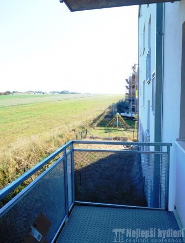 Nemovitosti na prodej: Pronájem zařízené novostavby 2+kk s balkónem, Brno-Slatina