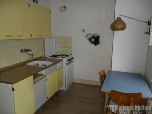 Bez realitky: Pronájem bytu 1+1 s balkónem, Brno-Kr.pole