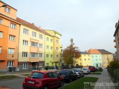 Bez realitkyOV 4+1 s terasou, Brno-Černá Pole