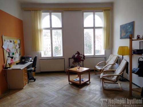 Prodej bytu OV 4+1 s komorou a balkónem, Brno-Černá pole