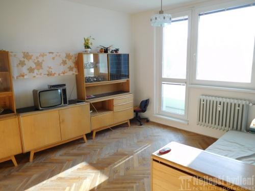 Nemovitosti na prodej: OV 1+1 s dvěma balkóny, Adamov