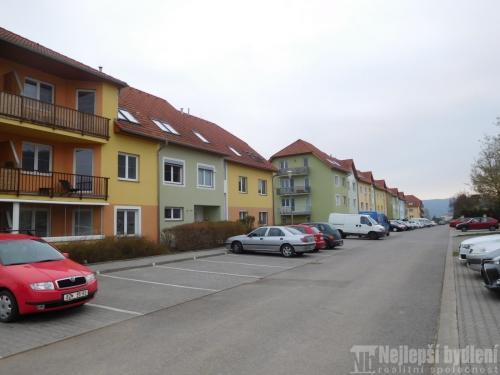 Prodej pronájem bytu: OV 3+1 s terasou v Tišnově