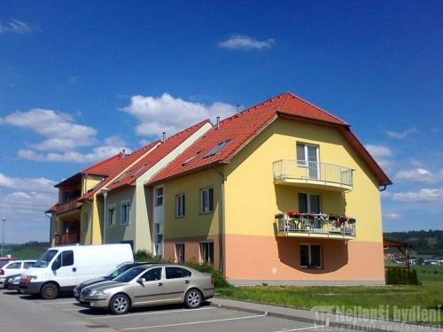 OV 3+1 s terasou v Tišnově