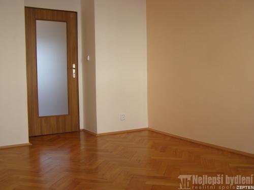 Prodej nemovitosti: Pronájem bytu 2+1, Praha