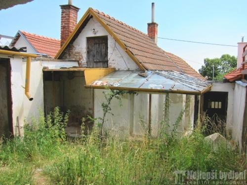 Domy na prodej: RD 3+1 se zahradou, Viničné Šumice REZERVOVÁNO