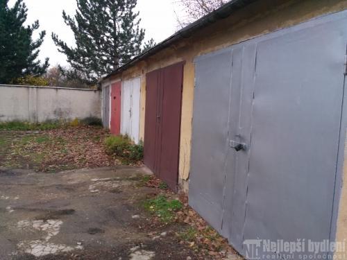 Pěkná garáž k prodeji v Brně - Černovicích