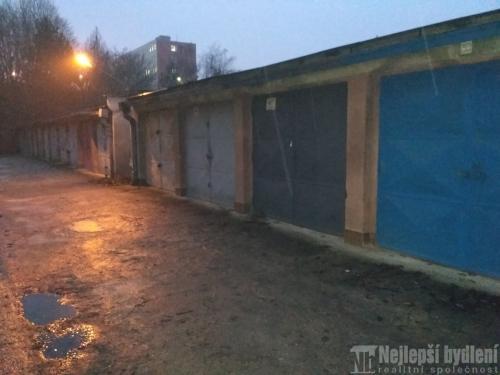 Nemovitosti na prodej: Nabízíme k prodeji pěknou garáž v Brně – Lesná