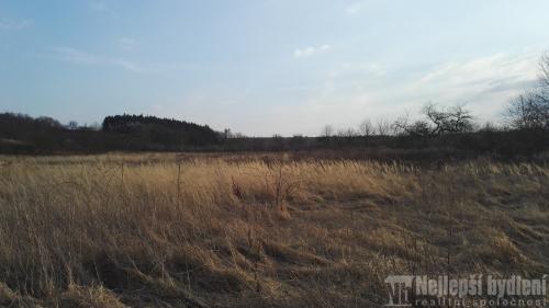 Nemovitosti na prodej: Pozemky Zeměchy u Kralup nad Vltavou