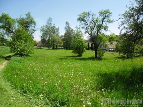 Nemovitosti na prodej: Prodej pozemek 8.490 m2 – zahrada a louka, Ujčov - Kovářová - REZERVOVÁNO