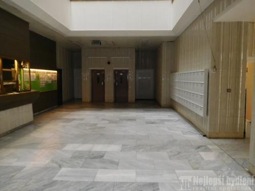 Pronájem kancelářských a obchodních prostor k rekonstrukci, Brno – Střed