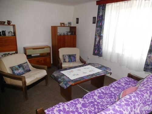 Prodej nemovitosti: Nabízíme, slunný rodinný dům 3,5+1 se zahradou, Kunkovice-REZERVOVÁNO