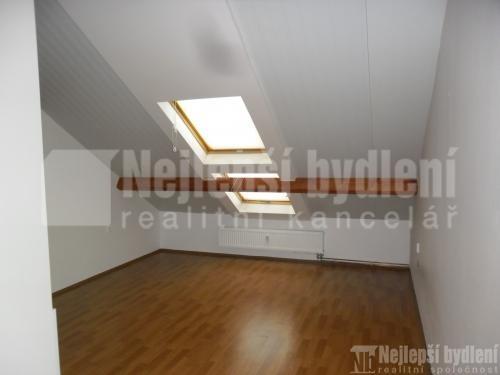Pronájem bytu 2+kk, Brno- Modřice