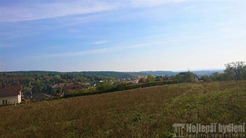 Nemovitosti na prodej: Pozemek 1855m2 Mokrá-Horákov