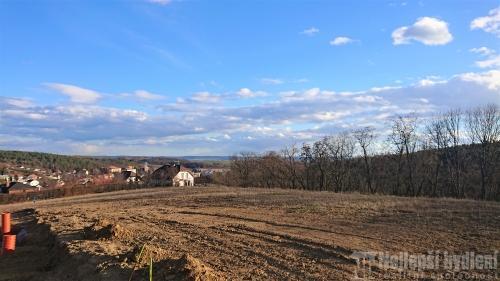 Pozemek 1733m2 Mokrá-Horákov