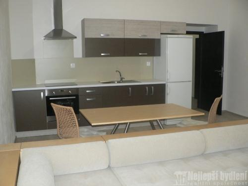 Pronájem prostorného bytu 1+kk, Brno-Černá Pole - REZERVOVÁNO