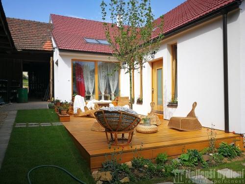 Dvougenerační RD s rozlehlou zahradou Bezděčí u Velkých Opatovic-REZERVOVÁNO