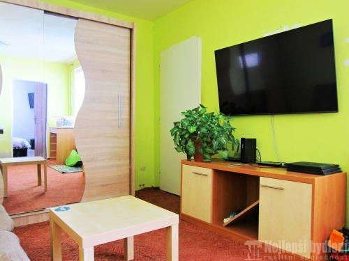 Domy na prodej: Rodinný dům 4+1 se zahradou Rosice, Brno-venkov- REZERVOVÁNO