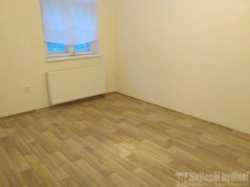 Pronájem bytu 1+1 Brno- Černá Pole