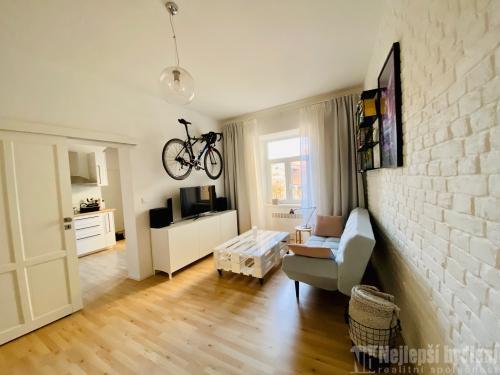 Rekonstruovaný a zařízený byt 2+1 Brno -Trnitá