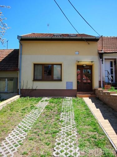 Dvoupodlažní rodinný dům Prace, okr. Brno-venkov- rezervováno