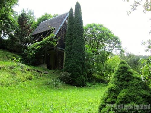 Chata se zahradou, 480 m2, Letovice