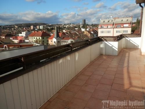 Pronájem bytu 2+1 s terasou, Brno-Žabovřesky